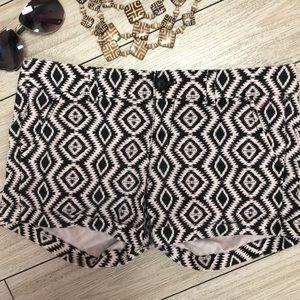 American Eagle aztec print stretch shorts size 4